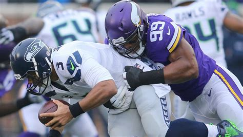 nfc playoff standings seahawks vikings fight  spot