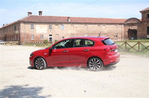 Fiat Boat Car Price by 2016 Fiat Tipo 1 4 T Jet Lounge Review Review Autocar