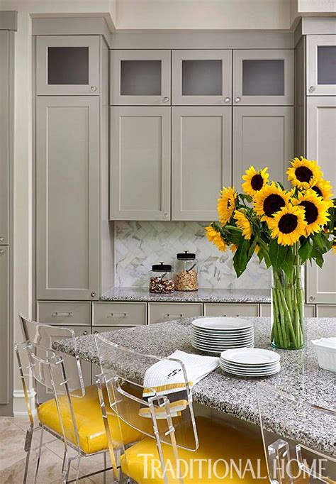 Arkansas Home Stylish Palette by 33 Best Decor Butter Yellow Images On Yellow