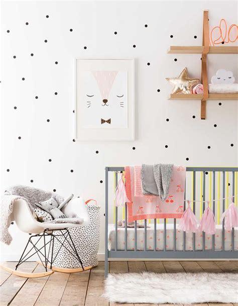 deco chambre de bebe chambre de bébé 25 idées pour une fille décoration