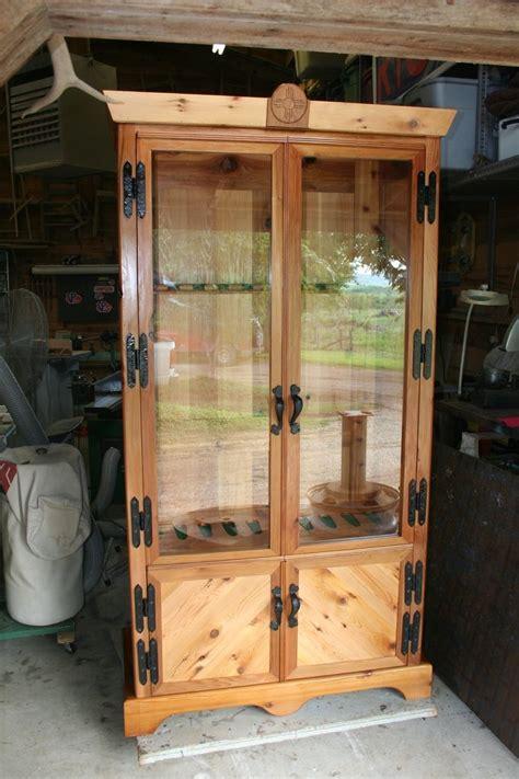 cedar gun cabinet  sale woodworking projects plans