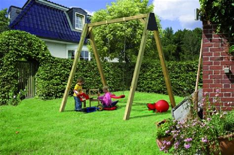 Kinderschaukel Aus Holz Für Den Garten  Online Magazin