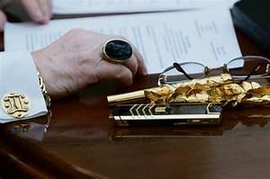 Telephone Vertu Prix : vertu le t l phone que s 39 arrachent les milliardaires ~ Medecine-chirurgie-esthetiques.com Avis de Voitures