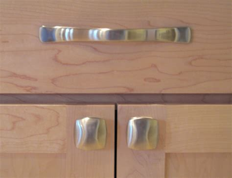 kitchen cabinet knobs or pulls decorating ideas for small kitchen decoration ideas 7870