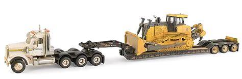ertl toys john deere freightliner sd daycab