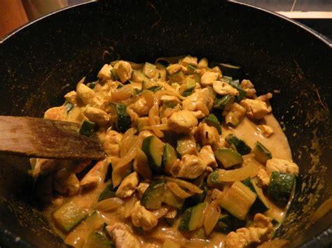 cuisine du soir rapide curry rapide de poulet aux courgettes la cuisine légère