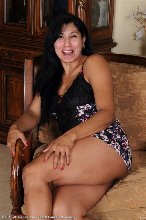 Estrella Jane All Over 30 Paparazzi Hunter