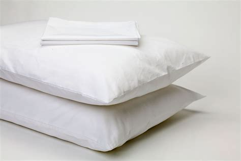 Hotel Bedding & Linens  Wholesale Hotel Sheets, Bath