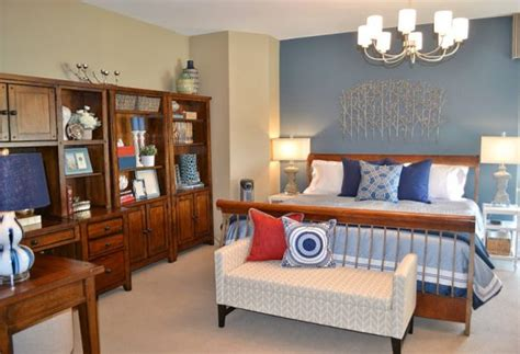 Bedroom Decorating And Designs By Fluff Interior Design
