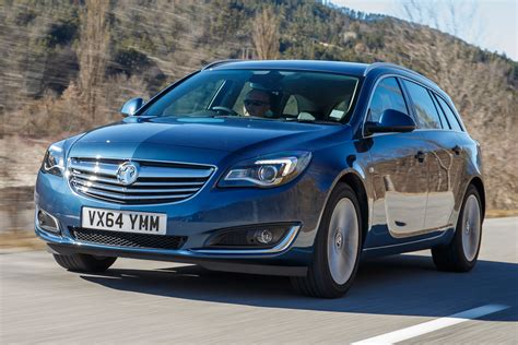 opel insignia vauxhall insignia whisper diesel 2016 review auto express