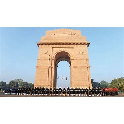 Reinterpreting India Gate & its colonial glory