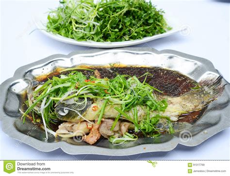 sauteed fish onion soyal grouper vegetables sauce