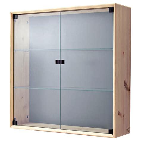 vitrine en verre ikea
