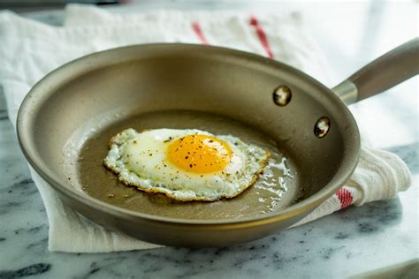 nonstick egg pans pan skillet cook thin