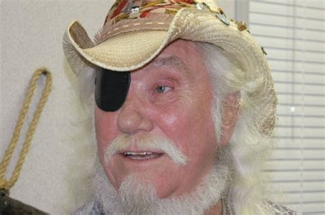 Dr Hook's Ray Sawyer Dies Aged 81