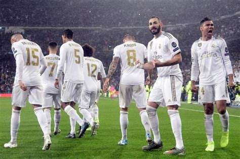 All information about real madrid (laliga) current squad with market values transfers rumours player stats fixtures news. Real - Atletico: Szalony finał Superpucharu Hiszpanii ...