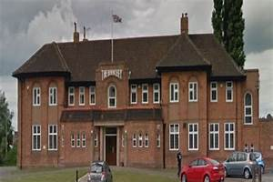 Scunthorpe hotel and pub reopens after temporary closure ...