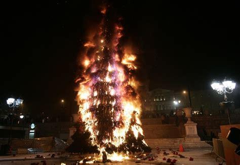 christmas tree  puts    fires  atlantic