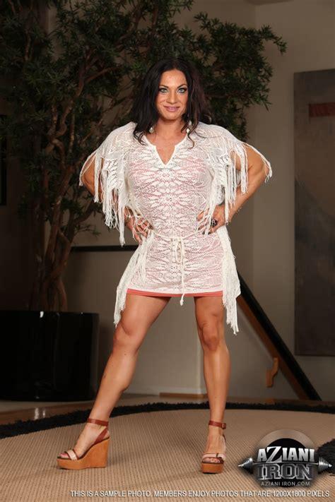 Female Bodybuilder Ripped Vixen