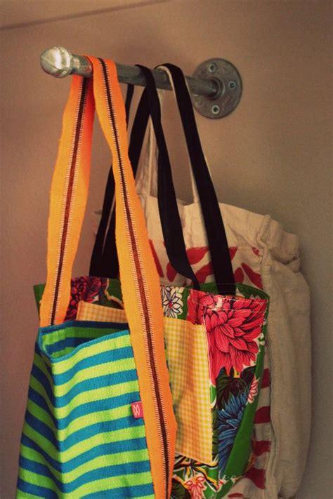 Handbag Hanger For Closet by 25 Best Purse Storage Ideas On Handbag