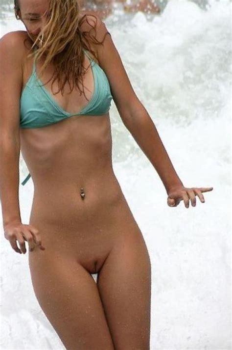Amateur Girl Bottomless Bikini Xxx Pics Fun Hot Pic