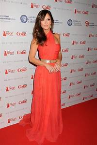 Ladies in red: Stars wear red for charity fashion show ...