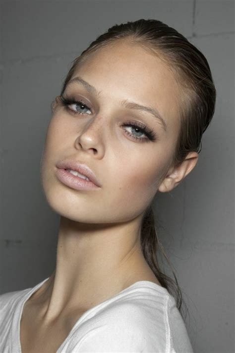 BYS Maquillage . Твиттер