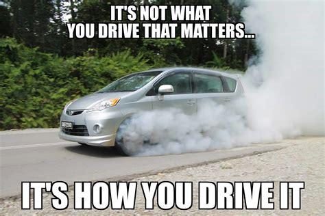 Van Meme - glorious 105bhp rental minivan burnout