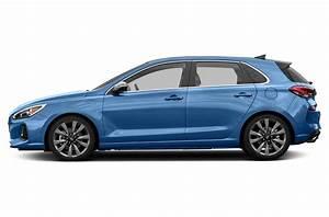 New 2018 hyundai elantra gt price photos reviews for 2018 hyundai elantra invoice price