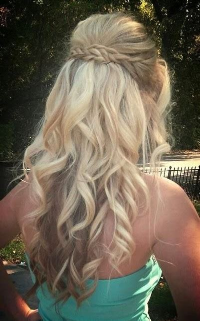 Braided And Curled Hairstyles by 15 Best Wavy Hairstyles Popular Haircuts