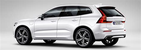 First New Volvo Xc60 Suv Rolls Off The Production Line In