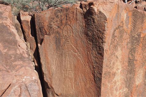 Burrup rock art nominated for World Heritage listing ...