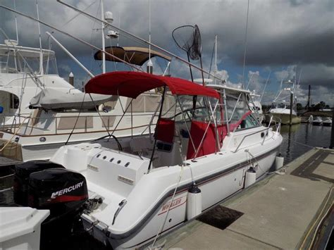 Buy A Boat Boston by Hook Em Boston Whaler Buy And Sell Boats Atlantic