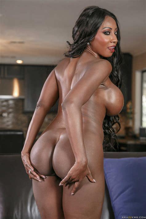 Busty Black Woman Is Fucking Sexy Girls Photos Diamond Jackson Crystal Ray Milf Fox