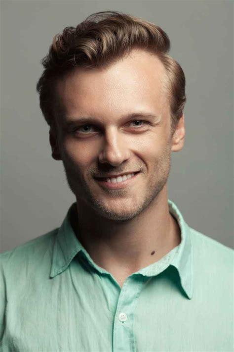 model rambut pendek pria keren terbaru trend april