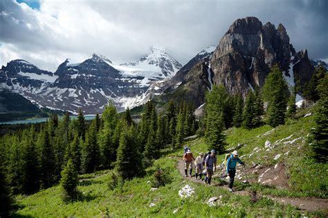 amazing hikes   canadian rockies explore magazine