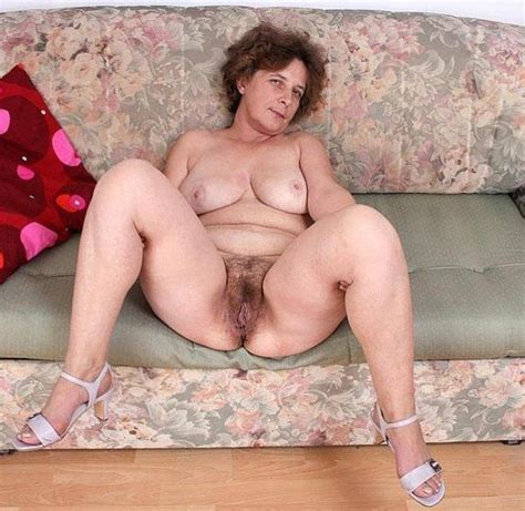 Hairy Amateur In Action Page 27