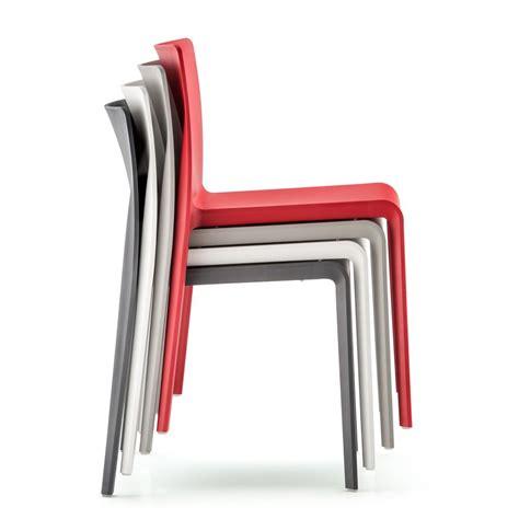 chaise en polypropylène volt 670 chaise pedrali en polypropylène empilable pour