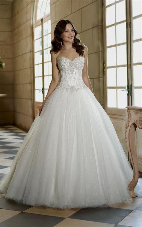 Wedding Dresses Ball Gown Sweetheart Neckline Corset Naf