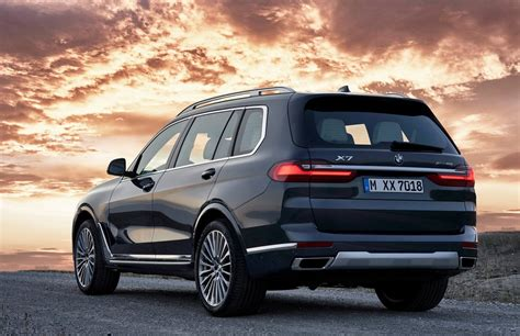 BMW reveals new X7 SUV, coming to India | Shifting-Gears