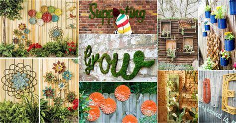 Backyard Fence Decorating Ideas by Inspiring Garden Fence Decor Ideas For Your Garden