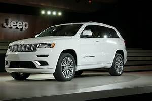 Jeep Grand Cherokee 2017 : 2017 jeep grand cherokee adds trailhawk updates summit packages automobile magazine ~ Medecine-chirurgie-esthetiques.com Avis de Voitures