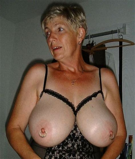 Sexy Gilf With Big Tits Busty Granny Lovers Busty Granny Admirer