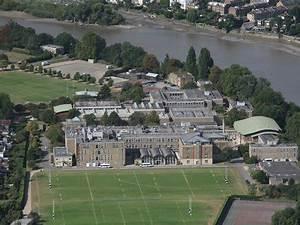 File:Playing fields of St.Paul's.jpg - Wikimedia Commons