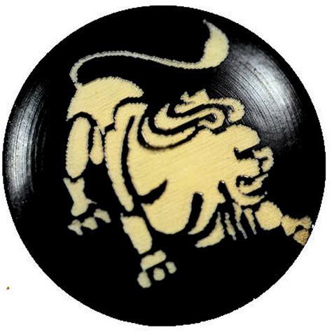 Signe Lion en ivoire végétal ou tagua