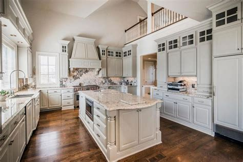30 Beautiful White Kitchens (Design Ideas)   Designing Idea