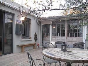 cour interieure mobilier recup picslovin With style maison de famille