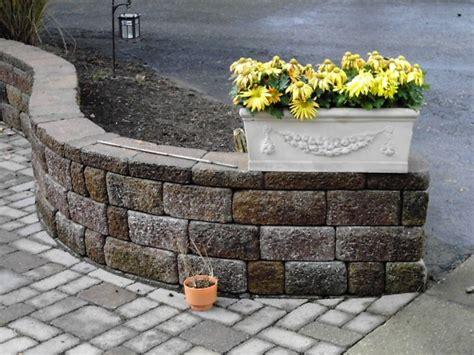 brick retaining wall hoehnen landscaping
