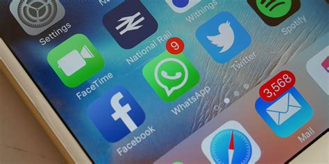 17 whatsapp tips and tricks to turn you into a messaging