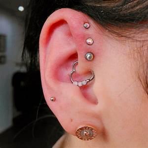 Triple Forward Helix Piercing [50 Ideas]: Pain Level ...